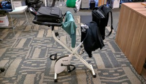 Healthy-living-exercise-equip-clothes-hanger